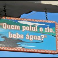 placa no centro histórico, São Sebastião, litoral norte de São Paulo