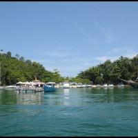 ilha dos dentistas - passeio com lancha em Angra dos Reis (RJ)