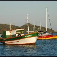 barcos de pesca em Búzios (RJ)