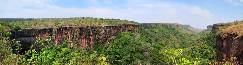 Cachoeira Véu de Noiva, Chapada dos Guimarães, Mato Grosso (01/10/2013) 150 x 40 cm